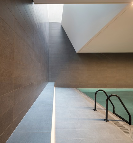 Press kit | 2317-01 - Press release | A New Oasis Off London's Oxford Street - Make Architects - Residential Architecture - Residents swimming pool - Photo credit: Robin Gautier