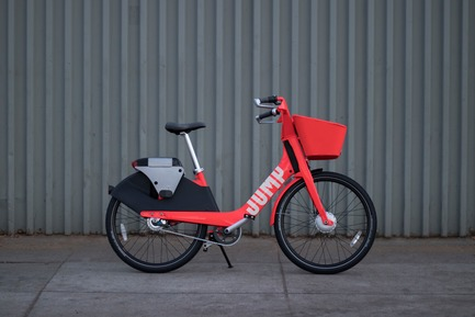 Dossier de presse | 2048-04 - Communiqué de presse | Core77 Design Awards Announce Their 2018 Honorees - Core77 Design Awards - Competition -  JUMP Bike Share, the Professional Transportation winner this year, is a new affordable electric bike share program.  - Crédit photo : JUMP