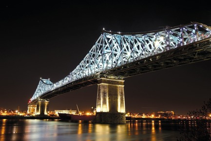 Press kit | 809-23 - Press release | AZURE Announces the Winners of the 2018 AZ Awards - AZURE - Competition - 2018 AZ Awards - Best Lighting Installations<br>Moment Factory: Jacques Cartier Bridge Interactive Illumination, Montreal, Quebec, Canada - Photo credit: AZURE