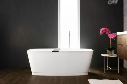 Dossier de presse | 2342-04 - Communiqué de presse | WETSTYLE Launches a Series of Three New Bathtubs - WETSTYLE - Product - Straight bathtub - Crédit photo : WETSTYLE