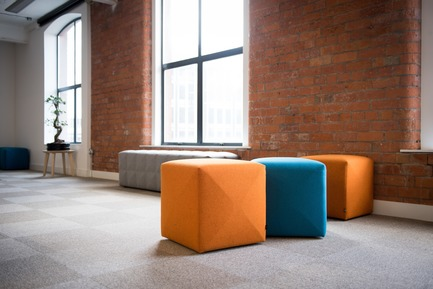 Dossier de presse | 1878-01 - Communiqué de presse | Discover the CoWork Lounge by INFORM Contract and BuzziSpace at IDS Vancouver, Sept 20 to 23 - Inform Contract - Event + Exhibition -   Are you in need of an extra seating element in your space - whether it being in your office, at home or in bigger settings where flexible seating is required? BuzziCube might be just what you're looking for. It's easy to move around to fit any space and as a bonus, it looks cute and helps reduce noise too.<br><br>Acoustic Essentials: BuzziCube <br><br>Puppet, Belfast, UK  - Crédit photo : The Space Shooter