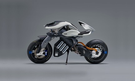 Press kit | 2188-03 - Press release | Red Dot Award: Design Concept 2018 Results - Red Dot Award: Design Concept - Competition - Red Dot: Luminary 2018 awarded to MOTOROiD by Yamaha Motor - Photo credit: Red Dot Award: Design Concept