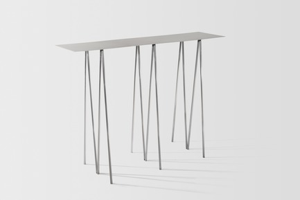 Press kit | 2757-06 - Press release | UMÉ Studio Unveils New Limited Edition Items - UMÉ STUDIO - Product - Paper Table. - Photo credit: William Boice