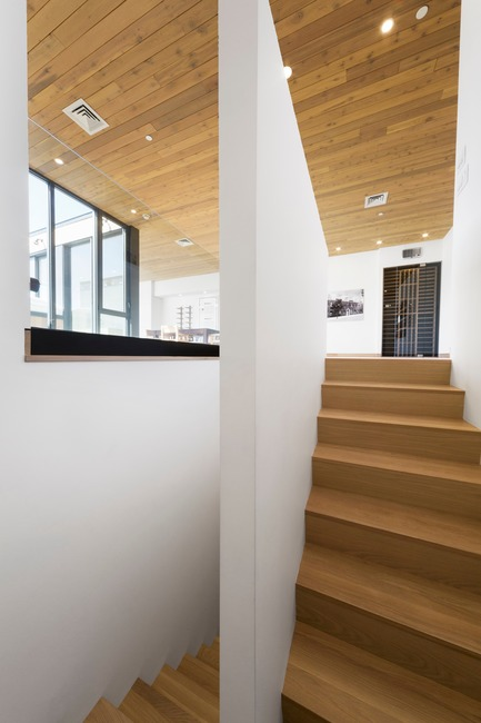 Press kit | 759-11 - Press release | Monument - Blouin Tardif Architectes - Residential Architecture - Photo credit: Steve Montpetit