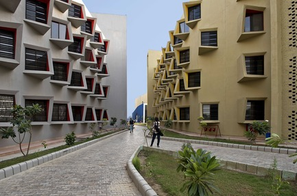 Dossier de presse | 661-48 - Communiqué de presse | World Architecture Festival 2018 – Day Two Winners of International Architectural Awards Announced - World Architecture Festival (WAF) - Competition - The 'Large Scale Housing - Completed Buildings' category, supported by GROHE, was won by Indian practice Sanjay Puri Architects for their project The Street in Matura, India. - Crédit photo : Dinesh Mehta