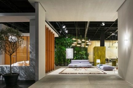 "Press kit | 2704-05 - Press release | ""Das Haus"" 2019 at the imm cologne: Living by moods creates an appetite for open-plan homes - imm cologne 2019, Koelnmesse GmbH - Residential Interior Design - ""Living by Moods"", Studio Truly Truly's Das Haus installation at imm cologne 2019, was divided into a total of four zones. This view from the outside through the imaginary panoramic window shows two of them: Serene and Active. - Photo credit: Constantin Meyer; Koelnmesse"