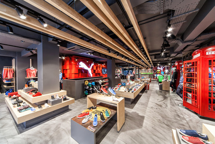 Press kit | 999-01 - Press release | Puma Stores Amsterdam, London and Munich - plajer & franz - Commercial Interior Design - puma store - London - Photo credit: manuel schlüter