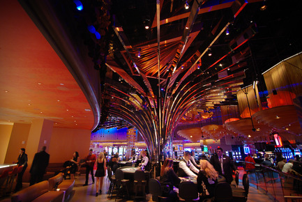 Press kit | 621-18 - Press release | Lightemotion illuminates Revel Casino, the new benchmark for casino resorts - Lightemotion - Lighting Design - Photo credit: Scéno Plus
