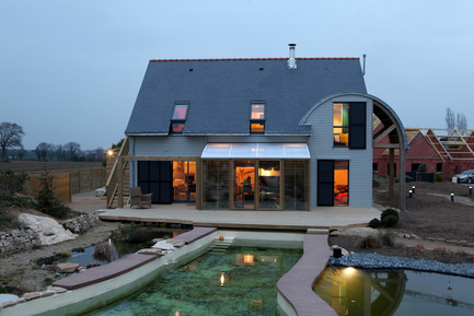 Press kit | 949-01 - Press release | An organic, bioclimatic house in Brittany - Patrice Bideau - Residential Architecture - Photo credit: Armel ISTIN