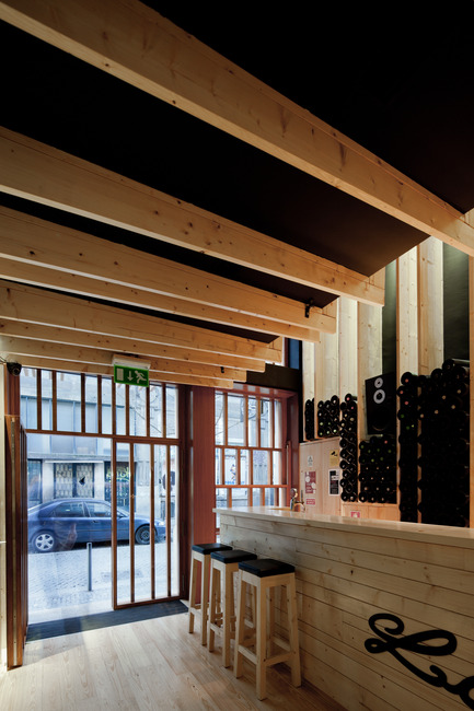 "Press kit | 923-01 - Press release | Bar ""La Bohème entre amis"" - AVA – Atelier Veloso Architects (AVA-Architects) - Commercial Interior Design - Photo credit: Jose Campos"