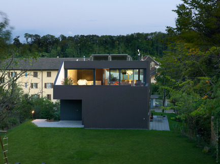 Press kit | 901-01 - Press release | Schuler Villa - andrea pelati architecte - Residential Architecture - Photo credit: Thomas Jantscher
