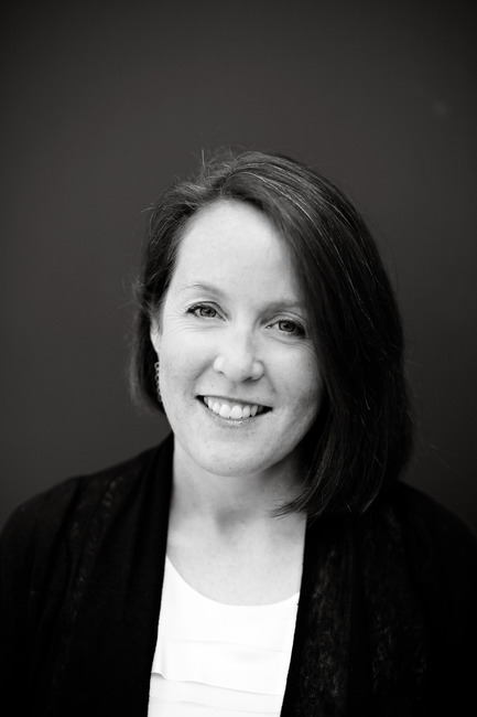 Press kit | 809-04 - Press release | Meet the jury of AZ Awards 2012 - Azure Magazine - Competition - JENNIFER GUTHRIE