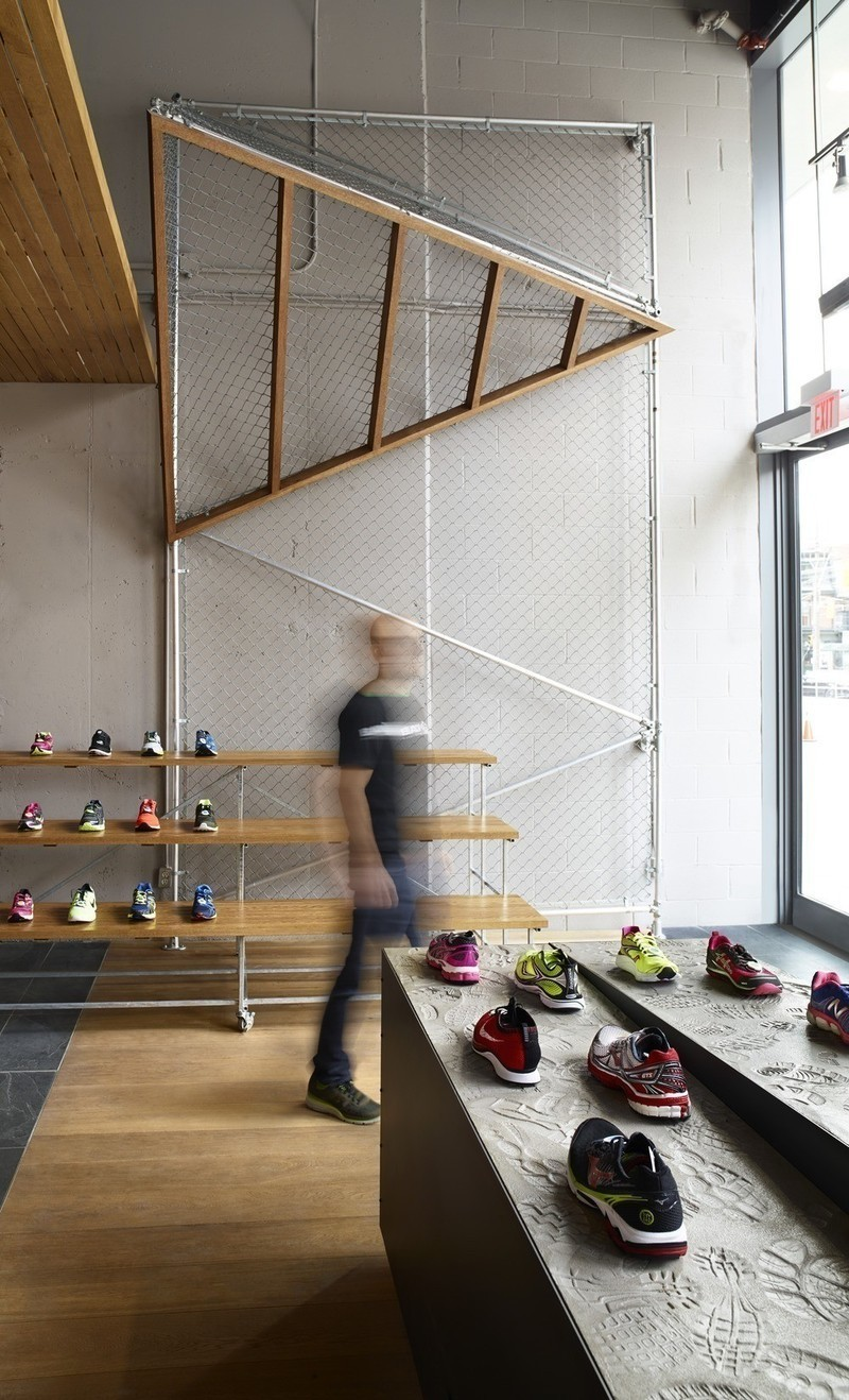 Newsroom - Press release - +tongtong designs a high-end running store in downtown Toronto inspired by its urban context - +tongtong