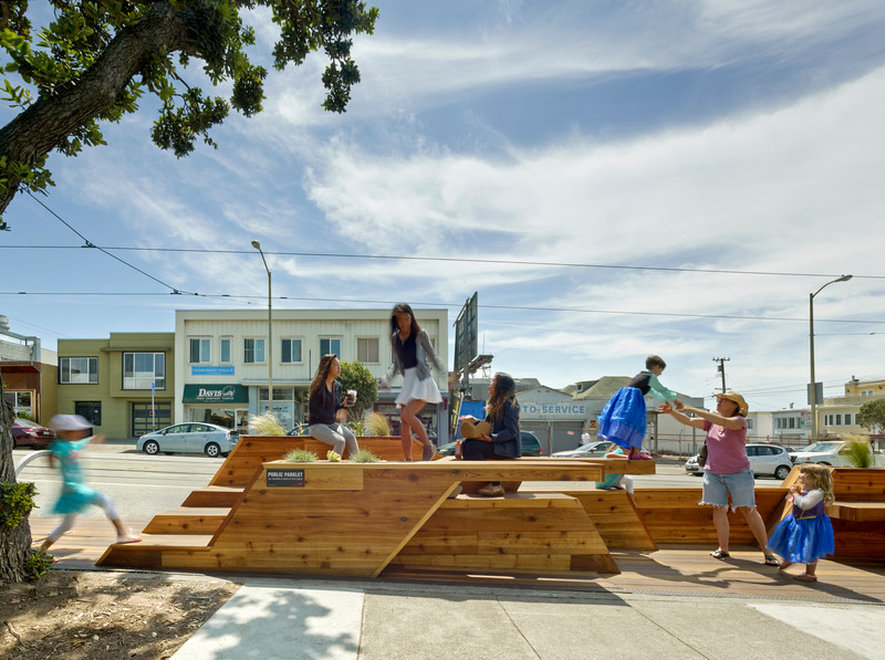 Newsroom - Press release - Sunset Parklet receives Special Recognition in Urban Design Award - INTERSTICE Architects