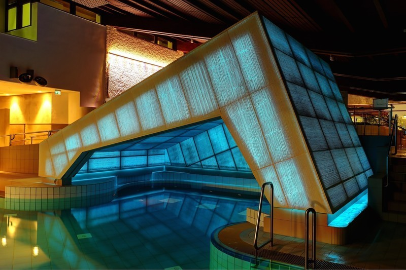 Newsroom - Press release - Thermal Baths in Bad Staffelstein With a New Highlight Made of Light Transmitting Concrete - LUCEM GmbH