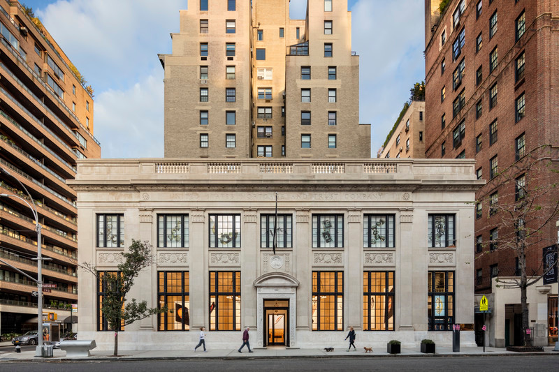 Press kit - Press release - Bohlin Cywinski Jackson Receives Special Commendation for Apple Store, Upper East Side - Bohlin Cywinski Jackson