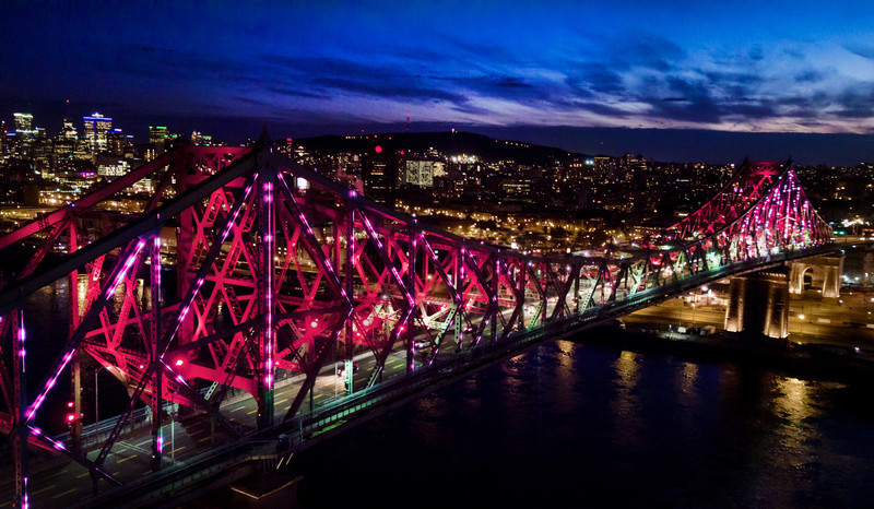 Newsroom - Press release - Illumination of the Jacques-Cartier Bridge | Creating the World's Most Connected Bridge - Moment Factory