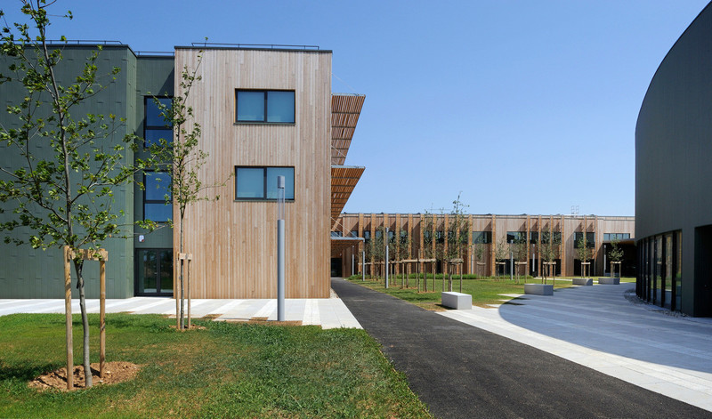 Newsroom - Press release - Delivery of the Véolia environnement Centre-Est training Campus - Arte Charpentier Architectes