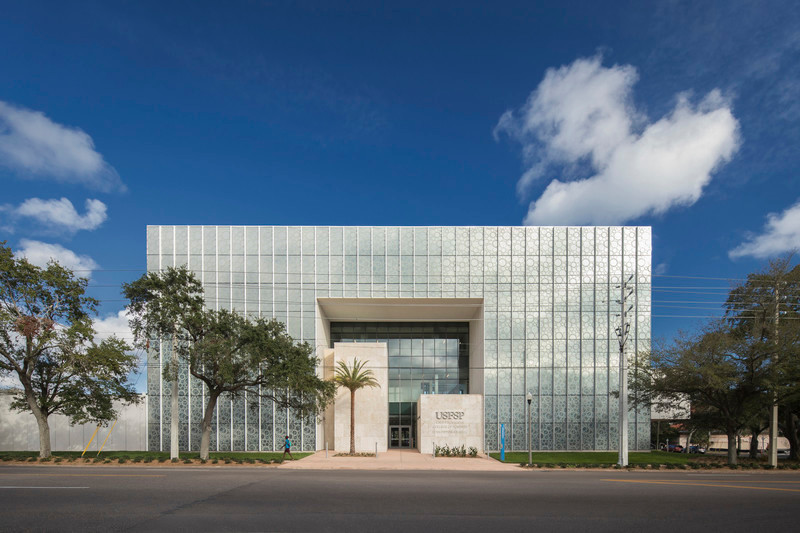Press kit - Press release - Innovative and Award-Winning Facade of USF-SP's Tiedemann College of Business Recalls Native Coral in Ecofriendly Envelope - ikon.5 architects