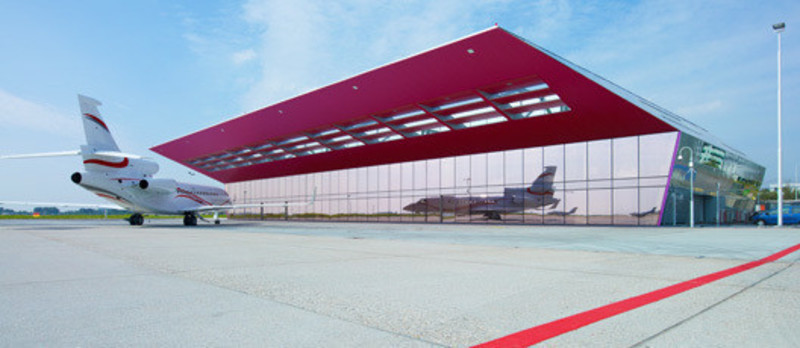 Press kit - Press release - New VVIP (Very, Very Important People) Terminal at Schiphol Airport Amsterdam - VMX Architects